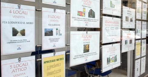 Agenzie immobiliari si paga l imposta di pubblicit per i cartelli con foto case in vendita o - Agenzia immobiliare gonzaga ...